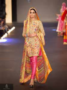 silk sunflowers mehndi dresses 2017 for stylish womens