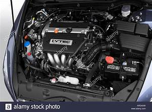 2007 Honda Accord Ex-l In Blue - Engine Stock Photo  16045440