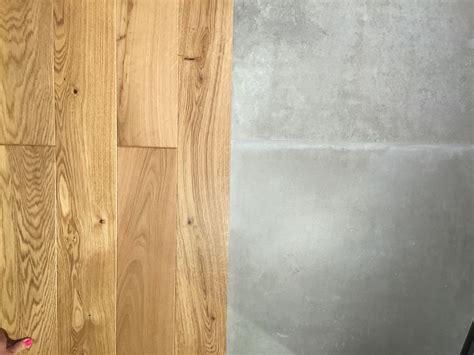 Fliesen Betonoptik Küche by Eiche Parkett Mit Fliese In Betonoptik B 246 Den In 2019