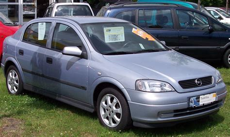 Opel Astra 2005 by Opel Astra 1 3 2005 Auto Images And Specification