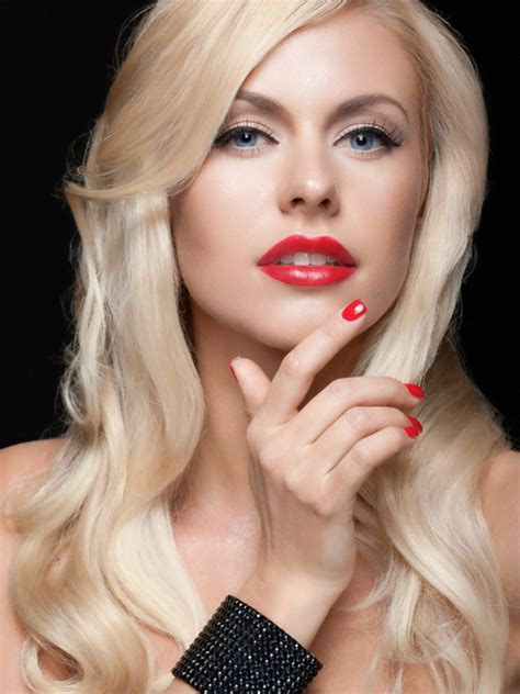 pictures  types  blonde hair colors platinum blonde hair color