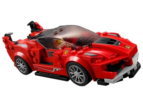 The buildable ferrari fxx k features a minifigure cockpit, wheels with rubber tires, and authentic details. 75882 LEGO® Speed Champions Ferrari FXX Kutató és fejlesztő