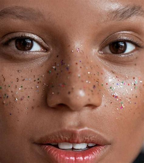Comment enlever une tache de coloration cheveux sur la peau tout pratique