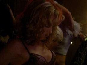 Teri Thompson  nackt