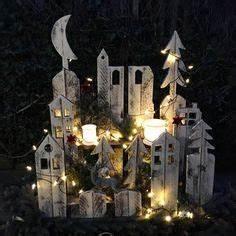 Paletten Deko Weihnachten : winterlandschaft aus europaletten paletten m bel pinterest weihnachten deko weihnachten ~ Buech-reservation.com Haus und Dekorationen