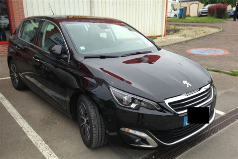 peugeot auto france 2014 peugeot 308 spotted in france autoevolution
