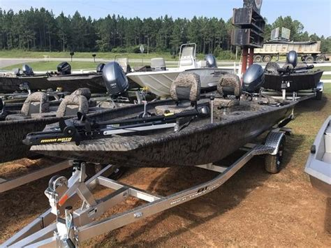 Xpress Boats Crappie by L M Marine Stapleton Boats For Sale 10 Boats