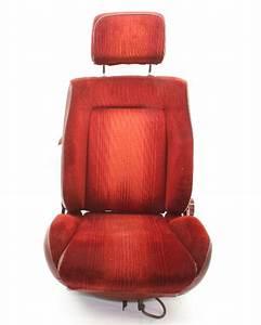 Rh Front Passenger Red Cloth Seat 83