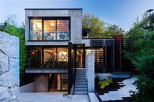 Cloister House In Vancouver Built Almost Entirely With Former Building U0026 39 S Materials