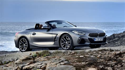 Bmw's latest incarnation of the z4 is all of those things and more. 2020 BMW Z4 M40i's $65,690 base price leaked - Roadshow