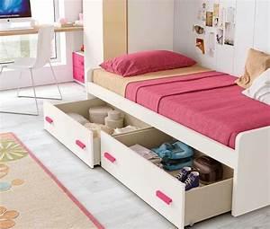Chambre Fille 4 Ans : chambre fille 4 ans fabulous il y a plusieurs lments ~ Teatrodelosmanantiales.com Idées de Décoration