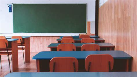 Neatkarīgā izglītības biedrība sāk kampaņu pedagogu ...