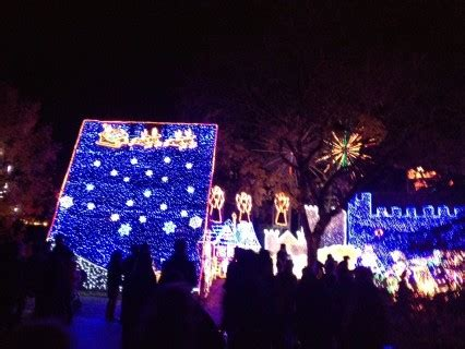 what are the dates for christmas tree lane in fresno tree brings a splash of color to fresno greengopost