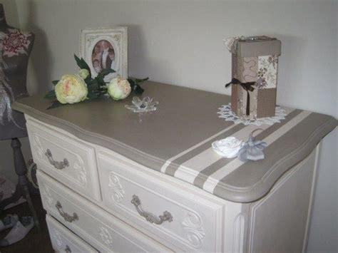 customiser une porte de chambre les 25 meilleures idées concernant tables basses peintes