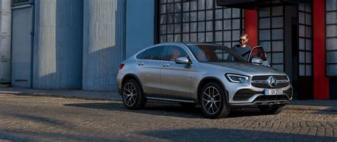 The glc coupé combines the merits of an suv and a coupé. Mercedes-Benz GLC Coupé.