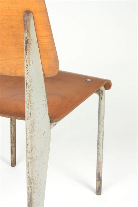 jean prouv chaise chaise de jean prouv chaise ducole moderne jean