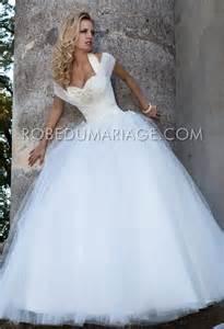 robe mariage princesse robe de mariage princesse tulle appliques bretelle au cou col en coeur robe206570