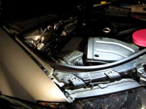 replace dipped headlight bulb for audi a4 b6 2004