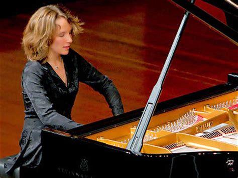 orchestra chambre concerts la pianiste hélène grimaud est à aix vendredi