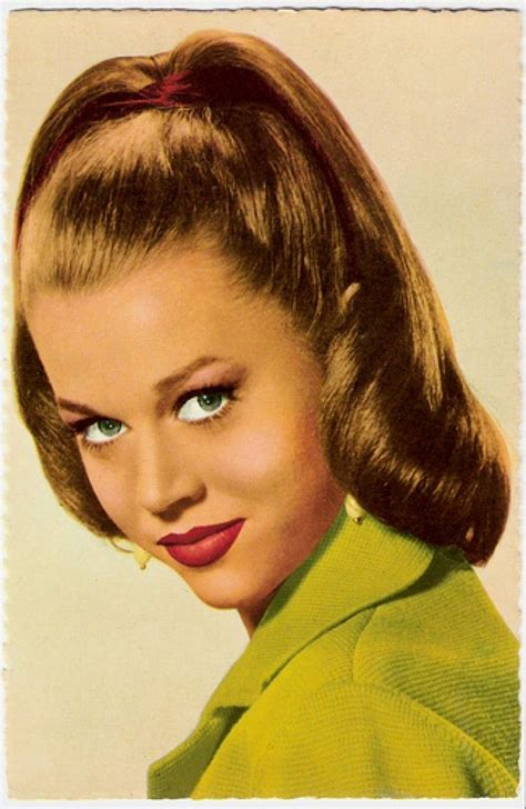 1950s Hairstyle by 22 Best Images About 1950s Hairstyles On Dress