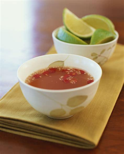 cuisine r馗up and sour fish sauce recipe