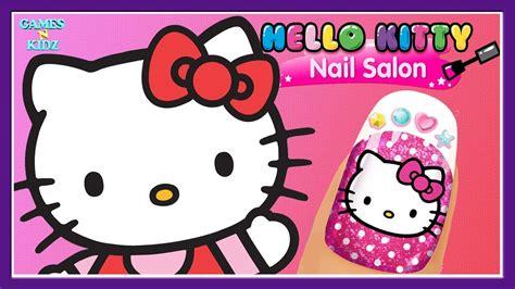 Fun Girls Play Nail Care , Color