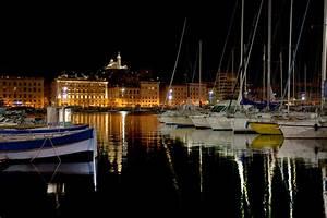 Livraison Marseille Nuit : vieux port de marseille la nuit photo et image paysages mers et oc ans nature images ~ Maxctalentgroup.com Avis de Voitures