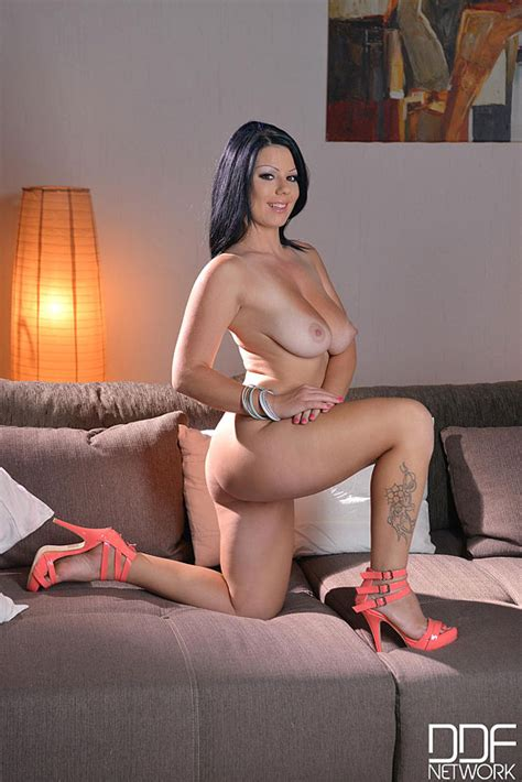 Pinkfineart Klaudia Hot Hot Busty From Ddf Busty