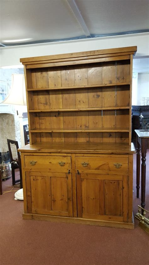 antique country kitchen antique pine country kitchen dresser m18032 la89329 1266