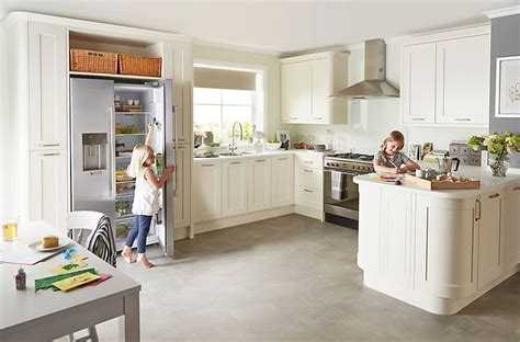 kitchen layout designs cooke lewis carisbrooke ivory diy at b q 163 2132 galley 2132