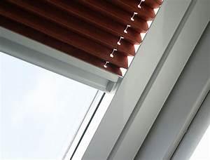 Plissee Rollo Für Dachfenster : dachfenster plissee nach marke und fenstertyp anbringen ~ Orissabook.com Haus und Dekorationen