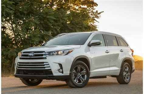 7 Passenger Suv With Best Gas Mileage by 12 Most Fuel Efficient 3 Row Suvs U S News World Report