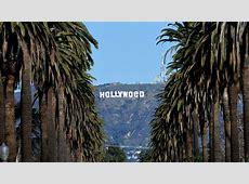 Un bromista cambia el letrero de Hollywood para celebrar