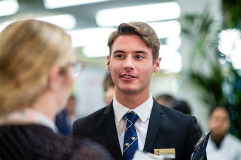 Atgriešanās īstās klasēs - Swiss Education Group - Latvia