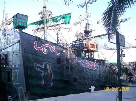 Barco Pirata Wow by The Black Pearl Picture Of Captain Hook Barco Pirata