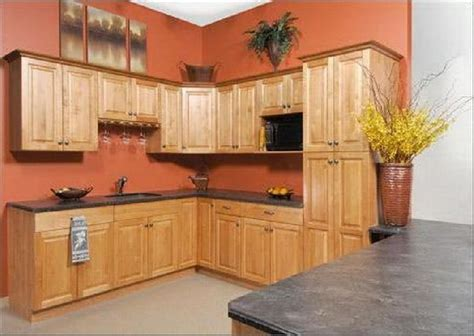 paint colors for small kitchens with oak cabinets 1000 images about kitchen ideas on pinterest honey oak