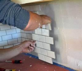 Installing Kitchen Backsplash Subway Tile Backsplash Install White Woodworking Projects