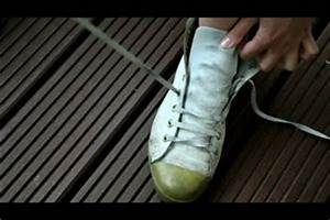 Schuhe Schnüren Ohne Schleife : video chucks schn ren so geht 39 s ~ Frokenaadalensverden.com Haus und Dekorationen