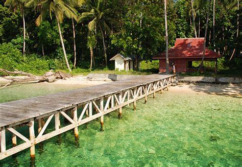 wisata  indonesia pulau meti wisata bahari