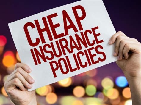 Do you go with the cheap auto insurance policy or more complete coverage? 5 tips to help you find cheap car insurance quotes » FinanceSimplify.com