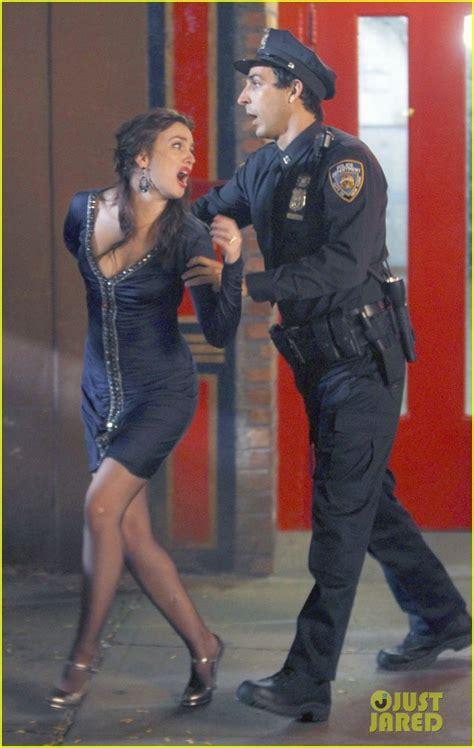 dress u can see denim leighton meester handcuffed on 39 gossip 39 leighton