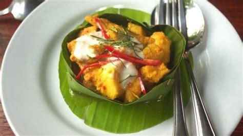 cuisine cambodgienne amok cambodgien poisson ou poulet recettes de cuisine