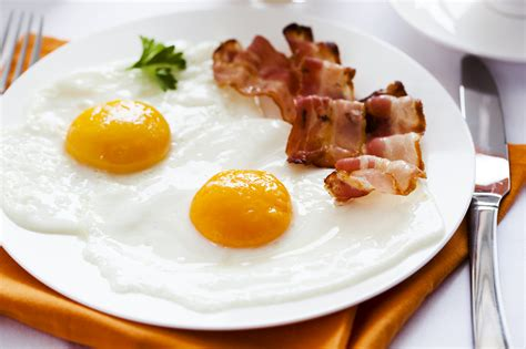 eggs and bacon being the pig cindy foy life fitness