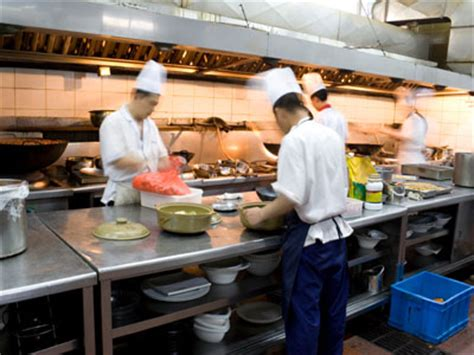 sous chef cuisine the sous chef position howstuffworks