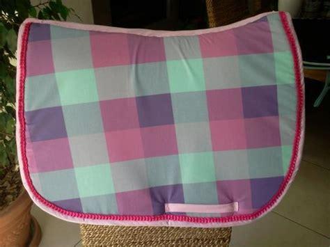 tapis de cheval a vendre tapis de selle 224 carreaux bleu violet a vendre