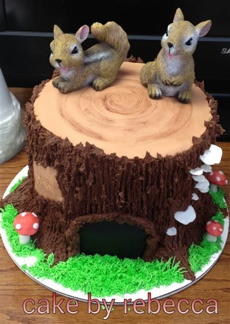 tree stump cake cake  rebeccafacebookcom squirrel