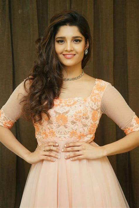 ritika singh hot navel images pics  hd pictures