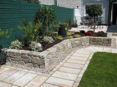 square patio design ideas  stone   small garden