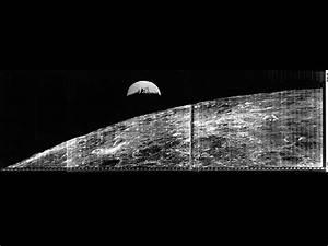 NASA - Original Lunar Orbiter 1 Earthrise photo