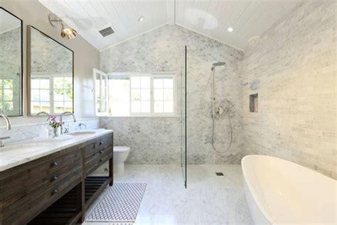 perfect bathroom    square feet